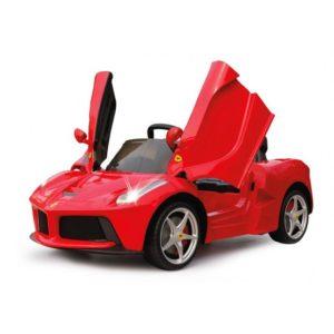 červené autíčko pre deti