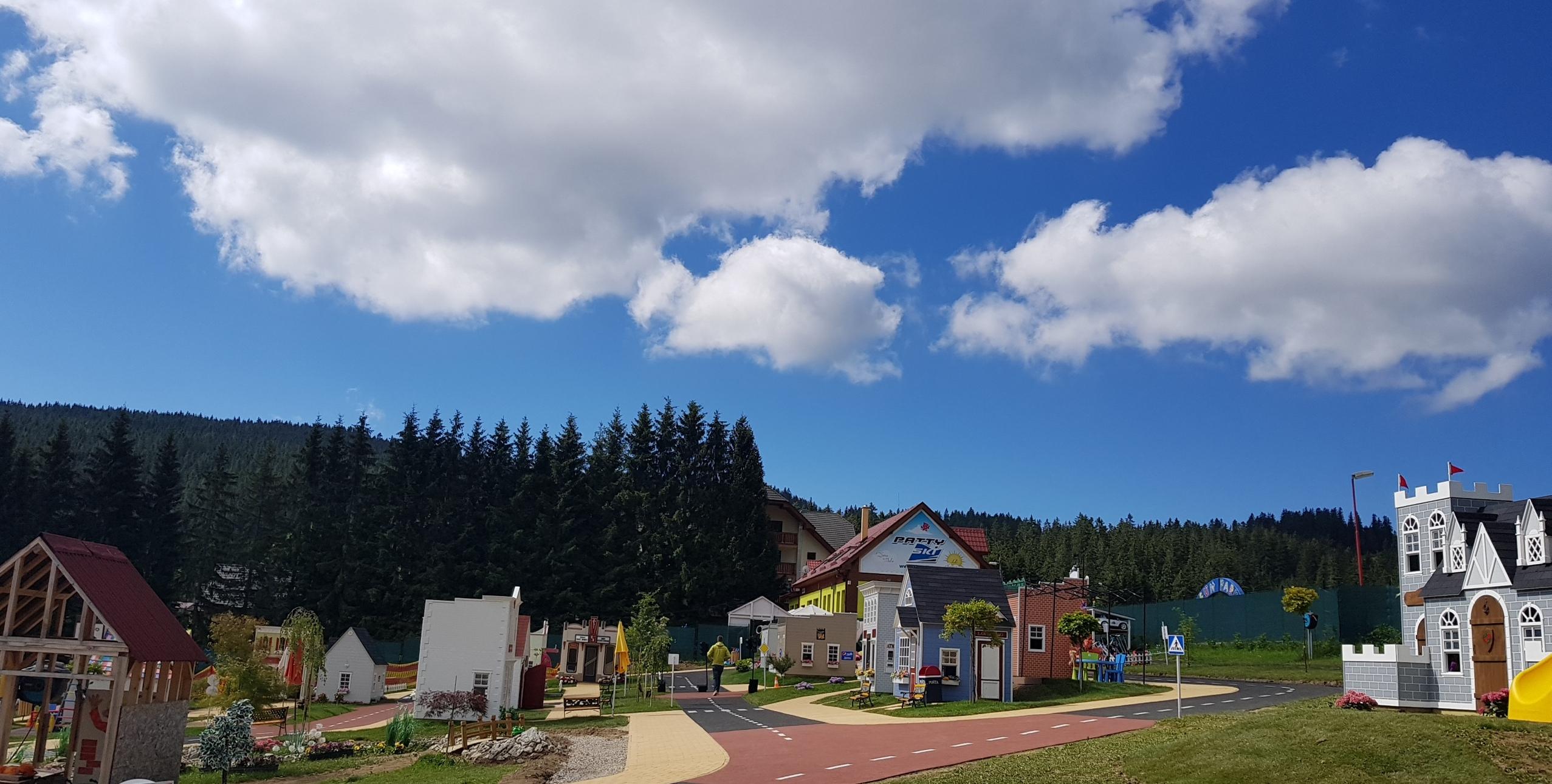 Detské domčeky nachádzajúce sa v Donovalkove