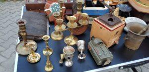 starožitnosti z trhu v Donovalkove